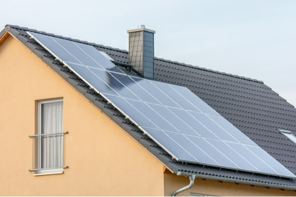 Gör din BRF till en klimathjälte med solceller